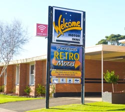 Portland Retro Motel offers clean and comfortable rooms at a reasonable price.